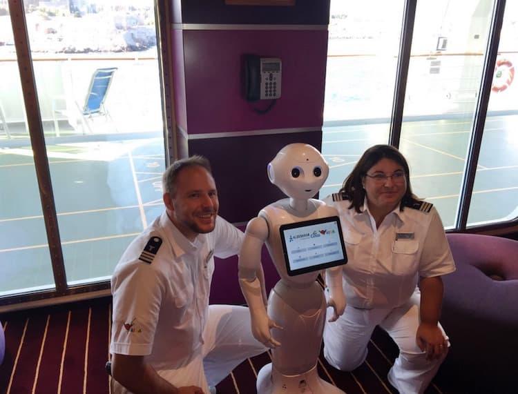 """AIDA Roboter """"Pepper"""" / © AIDA Cruises"""