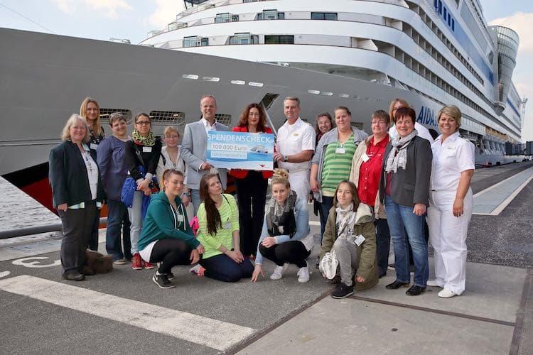 SOS Kinderdorf bekommt 100.000 Euro von AIDA / © AIDA Cruises