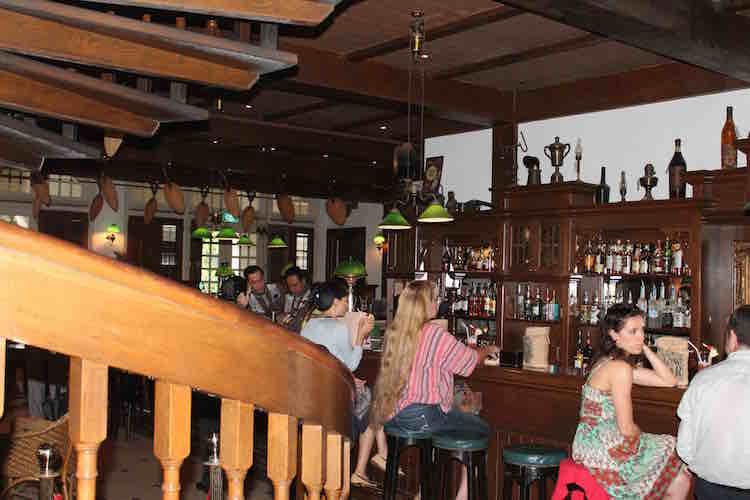 Long Bar Raffles Hotel Singapur