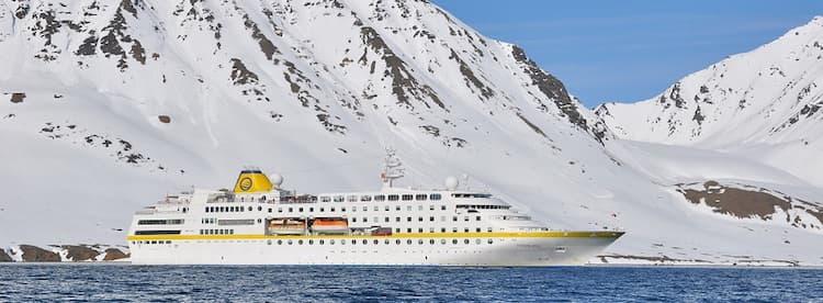 MS Hamburg Antarktis-Kreuzfahrten im Winter 2016/2017 / © Plantours und Partner
