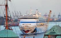 AIDAprima & AIDAaura: Doppelanlauf Hamburger Hafengeburtstag