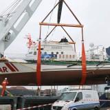 Die Minden wird von Bremerhaven aus huckepack in Richtung Ägäis befördert / © DGzRS