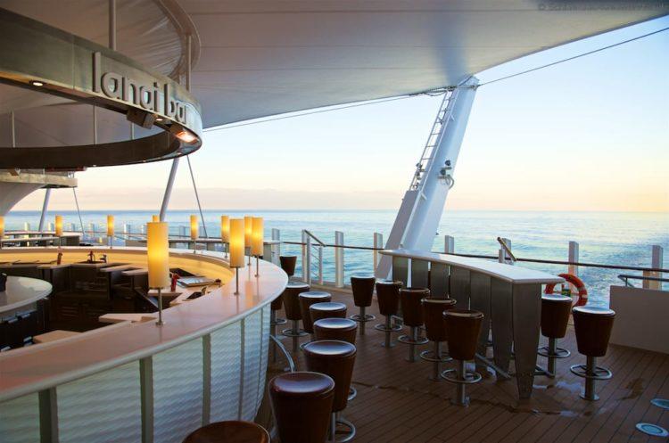 Die neue Lanai Bar am Heck auf Deck 7 der AIDAprima