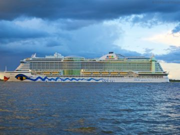 AIDA Schiffsbesuche in Kiel, Hamburg, Warnemünde und international