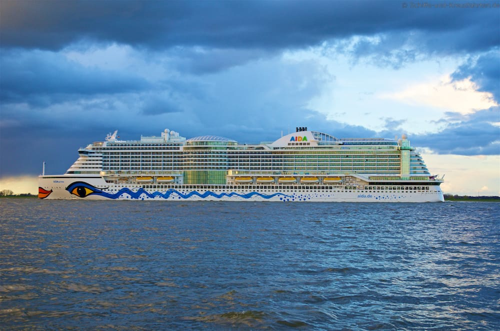 AIDA Schiffsbesuche in Kiel, Hamburg, Warnemünde und international