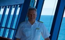 Detlef Harms brachte die AIDAprima als erster Kapitän von Nagasaki nach Hamburg