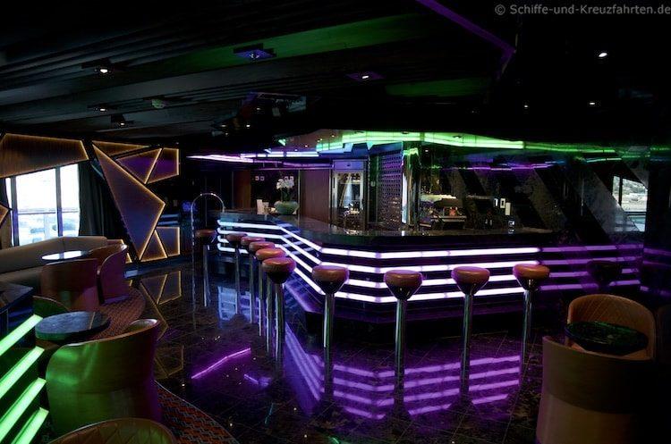 Piano Bar - Costa Diadema