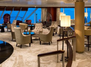 Living Room auf der Azamara Quest / © Desire Cruises