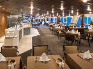 Restaurant auf der Azamara Quest / © Desire Cruises