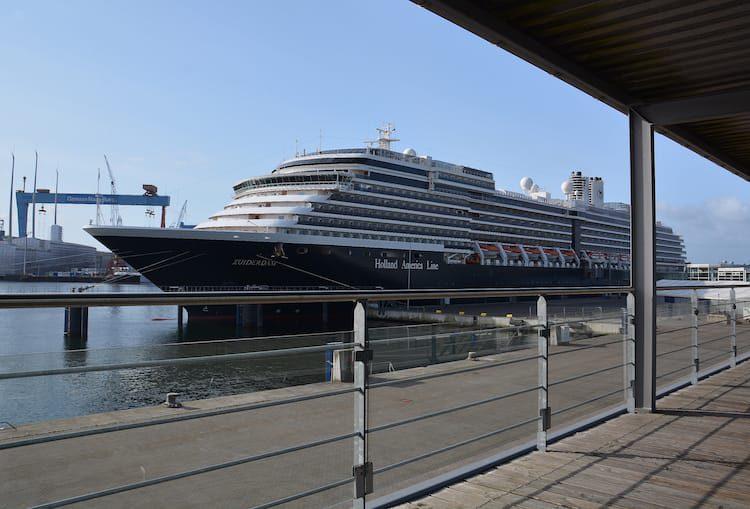 MS Zuiderdam im Kieler Hafen beim Erstanlauf am 14. Mai 2016 / © Kieler Hafen