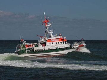 "Seenotrettungsboot ""Nis Randers"" im Einsatz / © DGzRS"