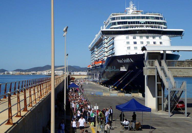Mein Schiff 4 auf Ibiza