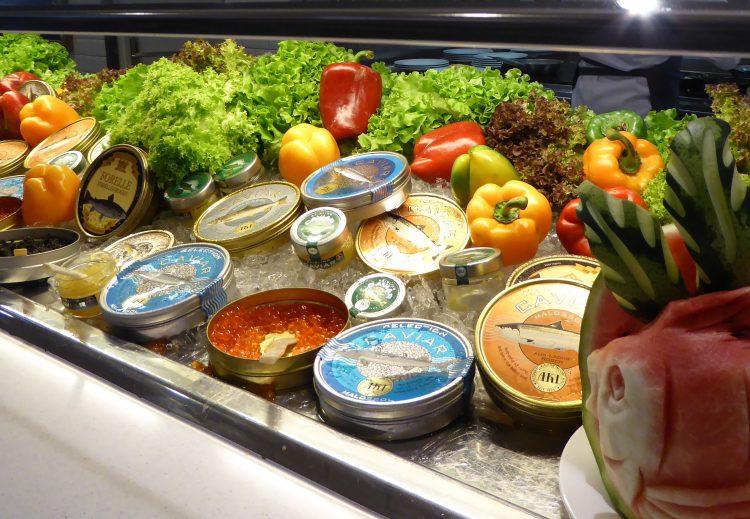 Kaviarfrühstück auf der Mein Schiff 4
