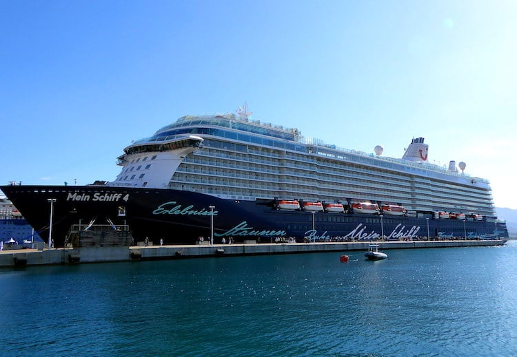 Mein Schiff 4 in Ajaccio / Korsika