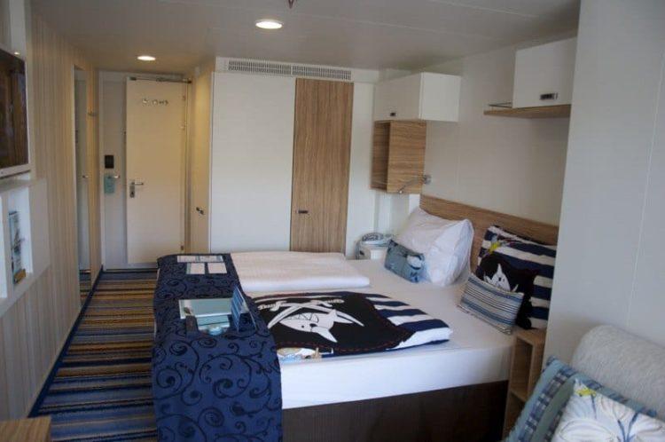 mein schiff 1 badezimmer haus design und m bel ideen. Black Bedroom Furniture Sets. Home Design Ideas