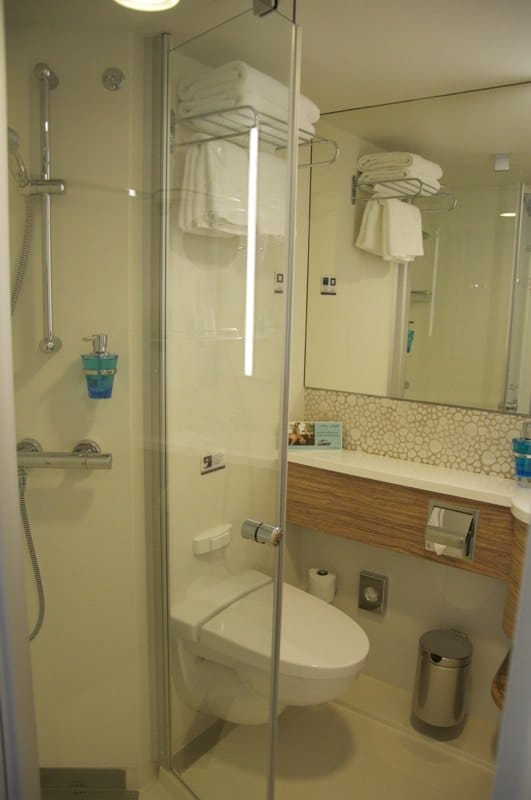 Mein schiff 1 badezimmer design for Mein badezimmer