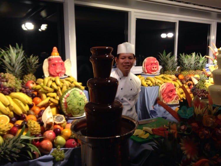 Obst und Schokoladenbuffet Mein Schiff 4