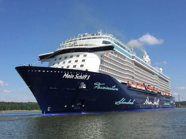 Mein Schiff 5 - Festnahme in Kiel / © TUI Cruises