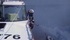 Seenotretter bringen Skipper sicher an Land – Feuer auf Segelboot