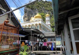 Stelzendorf Phuket