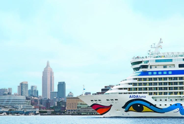 AIDAluna in New York: AIDA Gäste erhalten vereinfacht und kompetent Visa für AIDA Kreuzfahrten / © AIDA Cruises