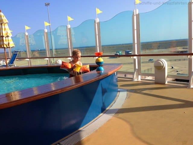 AIDAvita Pool im Kidsclub