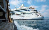 AIDAvita verlässt das Nordkap nach Defekt mit Verspätung
