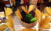 Nudel-Dekoration im Calypso-Restaurant