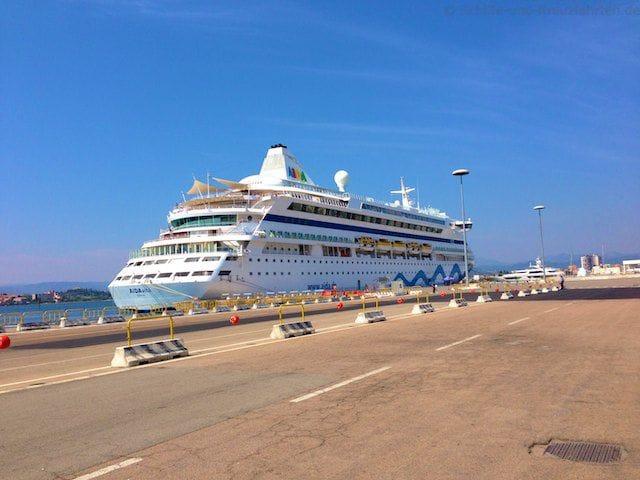 AIDAvita im Hafen von Olbia