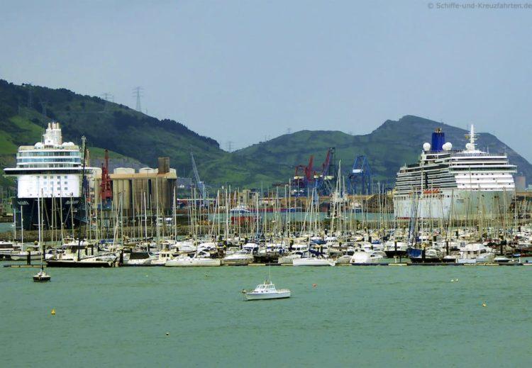 Mein Schiff 4 im Hafen von Bilbao