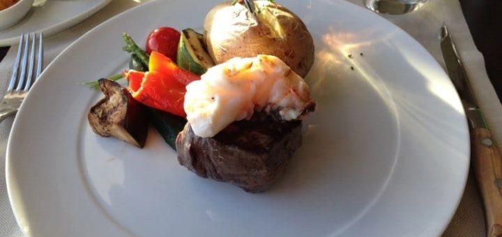 Auch im Gourmet Paket: Surf & Turf Steakhouse Mein Schiff 3