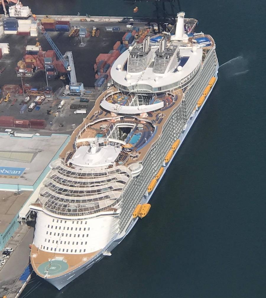 Luftaufnahme der Harmony of the Seas