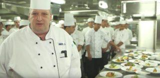 Mein Schiff Küche Restaurant Atlantik © TUI Cruises (Screenshot)
