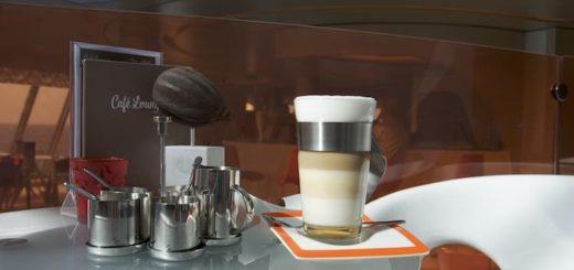 Cafe Lounge - Mein Schiff 3