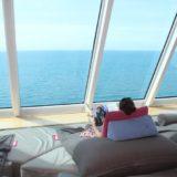 Mein Schiff Gastgeber sorgen dafür, dass ihr komplett relaxt sein könnt an Bord von TUI Cruises
