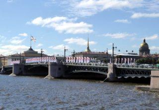 Newski Brücke