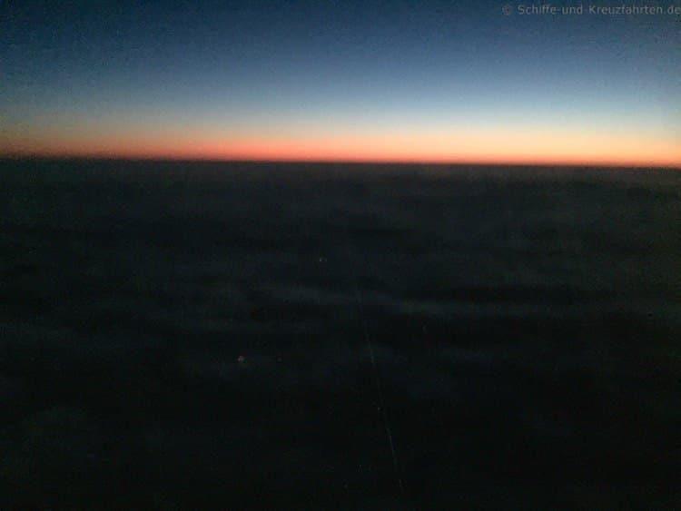 Morgenrot beim Flug nach Hurghada