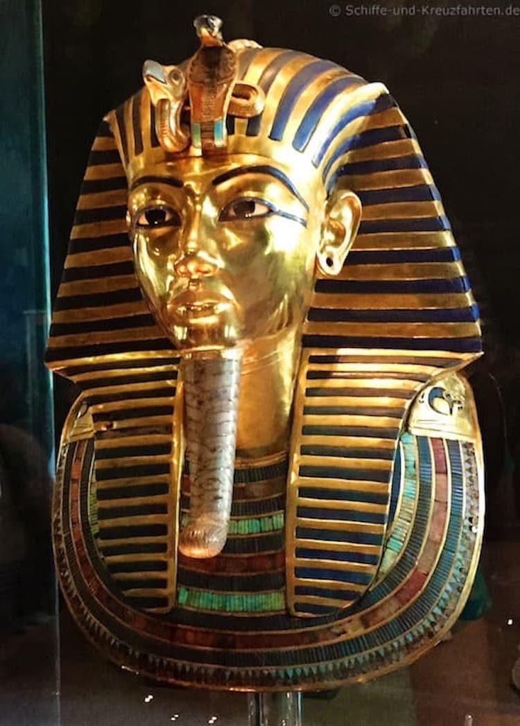 Die Maske von Tut Anch Amun besteht aus 11 Kilogramm Gold