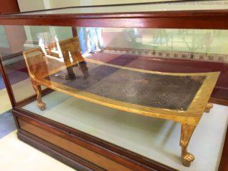 aegyptisches-museum-bett