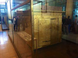 aegyptisches-museum-grabkammer-box