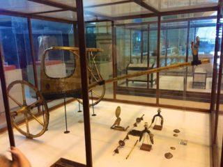 aegyptisches-museum-pferdeanhaenger