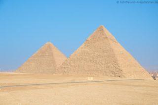 cheops-und-chephren-pyramide
