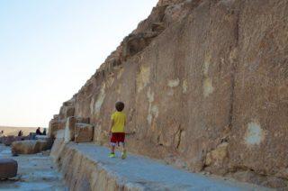 julian-an-den-pyramiden