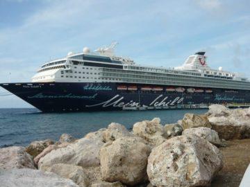 Mein Schiff 1 / © TUI Cruises