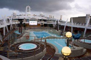 Pool MSC Fantasia