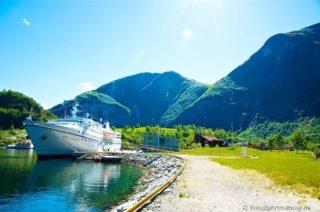 reisebericht-flam-norwegische-fjorde-ocean-majesty1