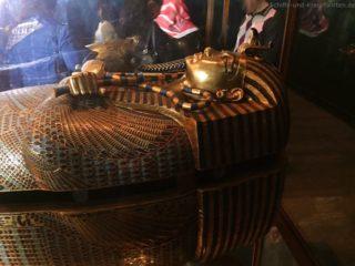 sarkophag-tut-anch-amun-aegyptisches-museum-1