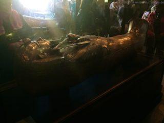 sarkophag-tut-anch-amun-aegyptisches-museum-2