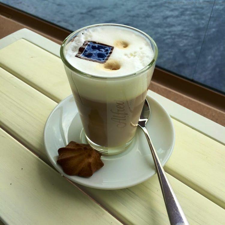 Laktosefreier Latte Macchiatto