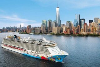 Norwegian Breakaway © Norwegian Cruise Line